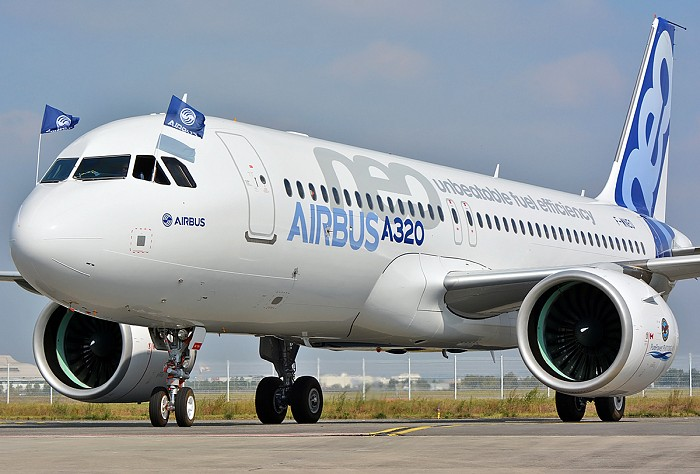 http://www.pasazer.com/img/images/airplane/a320neoff19_1.jpg