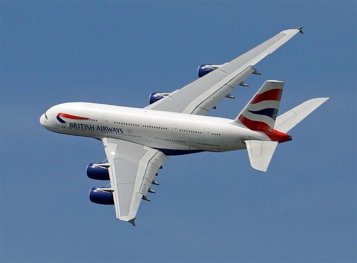 http://www.pasazer.com/img/images/airplane/a380ba9.jpg