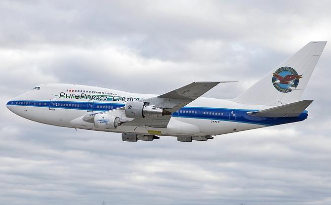 http://www.pasazer.com/img/images/normal/PW1900G,engine,flight1.jpg