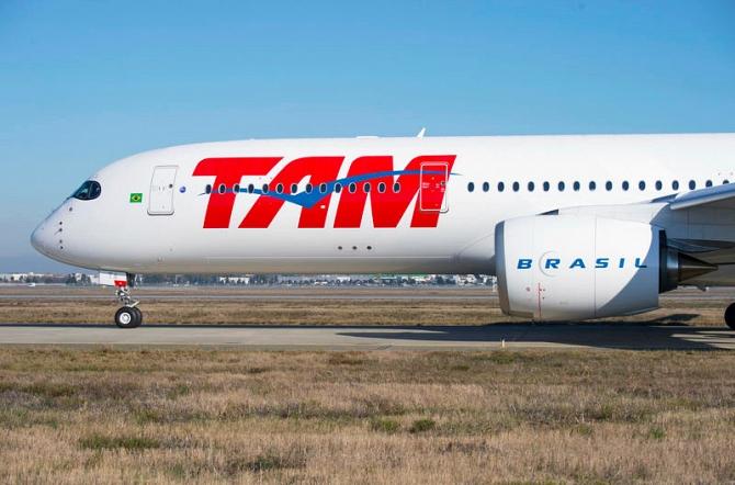 http://www.pasazer.com/img/images/normal/a350,tam,airlines,media%20(1).jpg