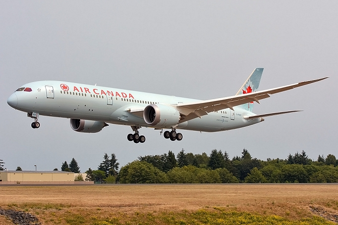 //www.pasazer.com/img/images/normal/air,canada,boeing,b787-9%20(2).jpg