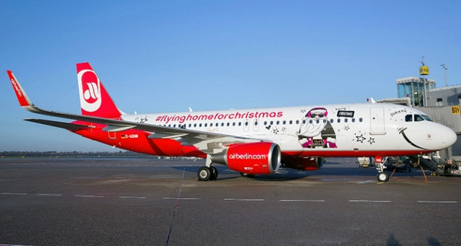 //www.pasazer.com/img/images/normal/airberlin,christmas,a320,media%20(2).jpg