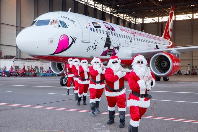http://www.pasazer.com/img/images/normal/airberlin,christmas,a320,media%20(1).jpg