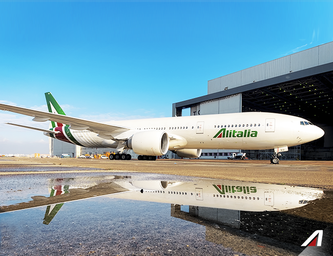 //www.pasazer.com/img/images/normal/alitalia,b777,media.png