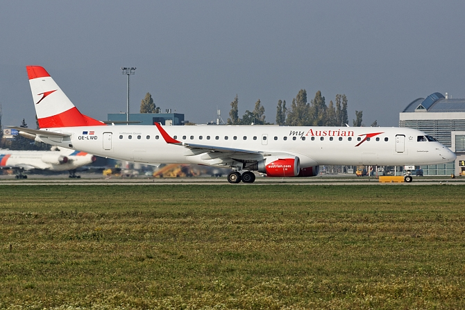 http://www.pasazer.com/img/images/normal/austrian,airlines,e195,oe-lwd.jpg