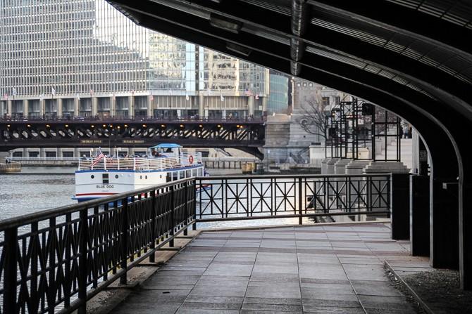 kojarzenie atmosfery Chicago podwójne randki w języku hindi