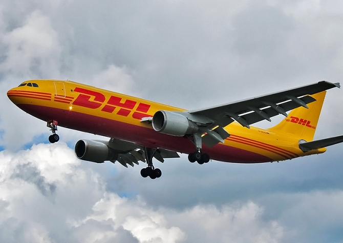 http://www.pasazer.com/img/images/normal/dhl,airbus,a300-600,media.jpg