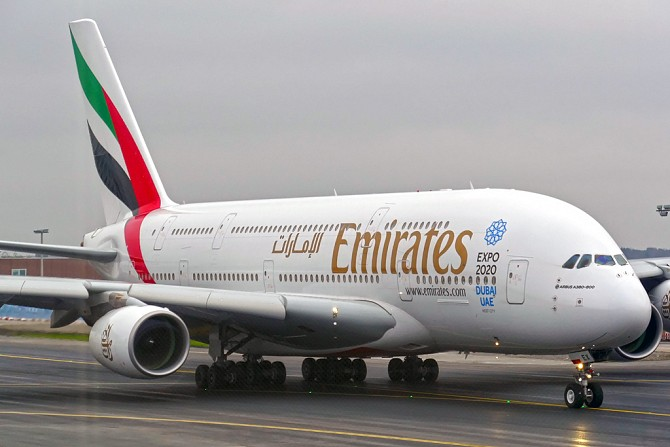 http://www.pasazer.com/img/images/normal/emirates,a380,fra,pbozyk.jpg