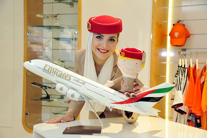http://www.pasazer.com/img/images/normal/emirates,sklep,internetowy,media%20(2).jpg