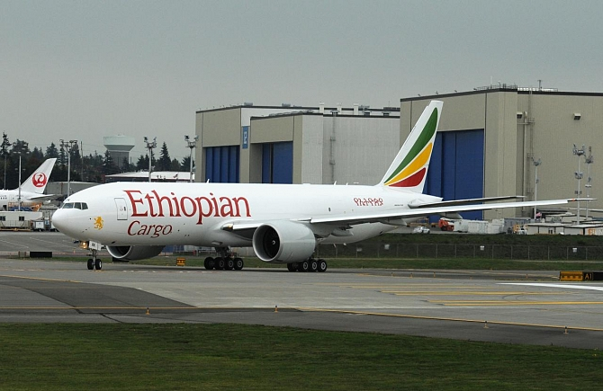http://www.pasazer.com/img/images/normal/ethiopian,cargo,boeing,b774f,tony,rodgers.jpg