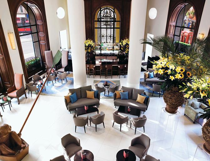 http://www.pasazer.com/img/images/normal/hotel,one,aldwych,londyn,pbozyk%20(16).jpg