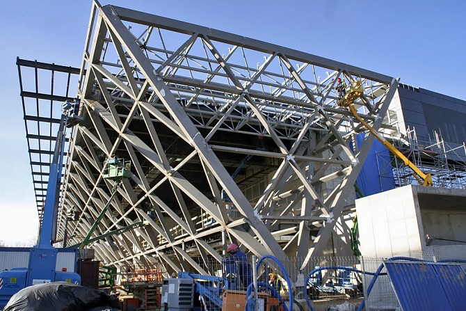 http://www.pasazer.com/img/images/normal/krakow,airport,budowa,pbozyk%20(1).jpg