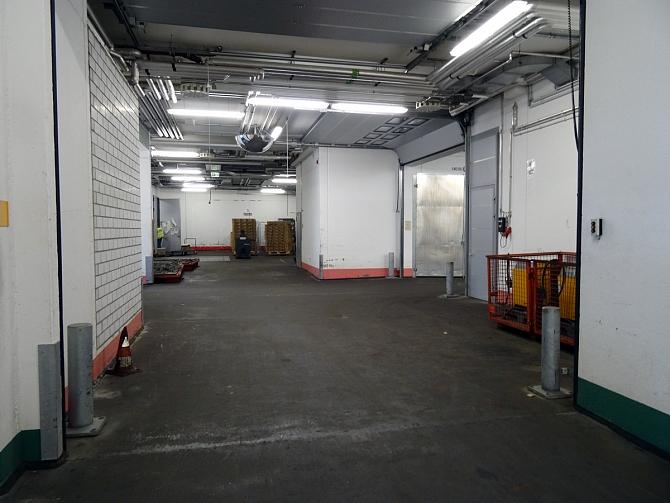 http://www.pasazer.com/img/images/normal/lufthansa,cargo,fra,pbozyk%20(41).jpg