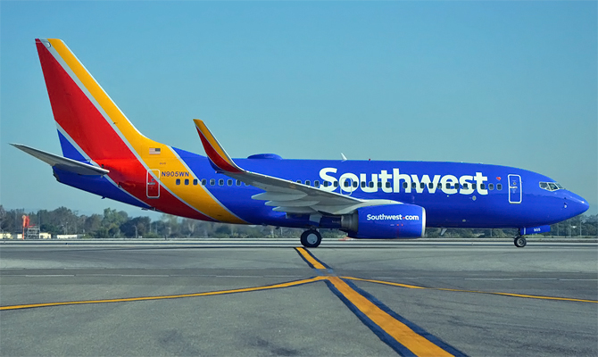 //www.pasazer.com/img/images/normal/southwest,b737700,media.jpg
